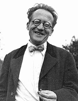 Did Erwin Schrödinger smile because the camera was pointed at him or was he already smiling?