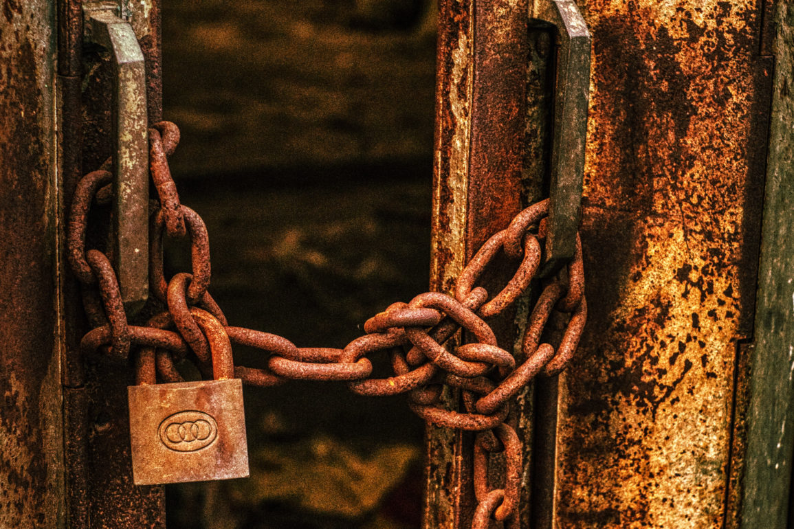 Rusty Chains with Lock